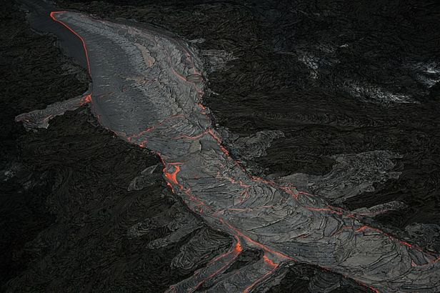 Canal de lava en Hawaii