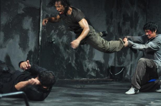 Una de las peleas más brutales y mejor coreografiadas de toda la película